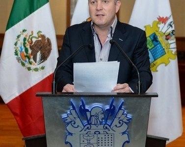 Fija alcalde de Nuevo Laredo postura ante cierre de UVM