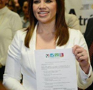 Se registra Ivonne Álvarez ante la CEE