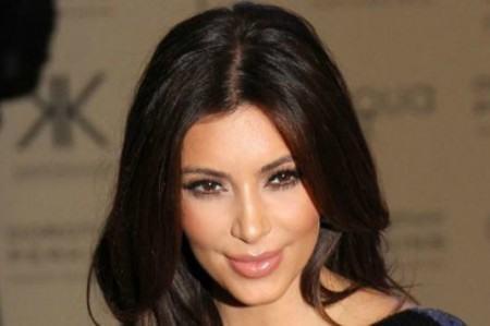 16:07 S186 R E/ KARDASHIAN-IRÁN Irán acusa a Kim Kardashian de ser espía
