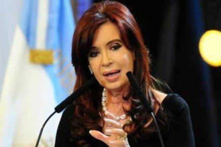 Reabren denuncia contra Kirchner por caso AMIA