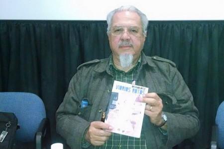 Presenta escritor tamaulipeco novela en Uanleer