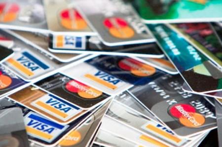 Diferencias entre tarjetas de débito y crédito