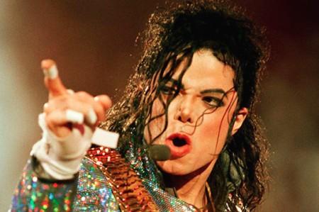 Michael Jackson fue víctima de abuso, relata médico