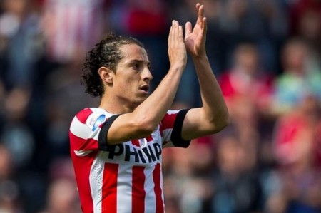 PSV de Guardado gana 3-1 al PEC Zwolle y queda a un triunfo del título