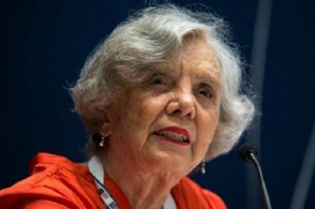 Poniatowska recuerda a normalistas de Ayotzinapa