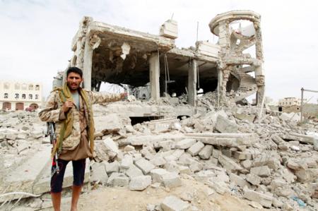 Continúan los bombardeos en Yemen a pesar de la presencia del enviado de la ONU