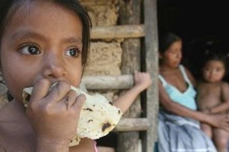 Infancia, la mitad del país, en pobreza: UNICEF