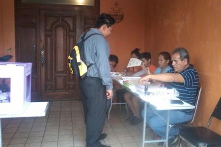 Vecinos de la Garza Nieto salen a votar