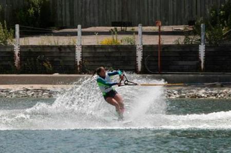 Carolina Chapoy obtiene bronce en prueba combinada de esquí acuático