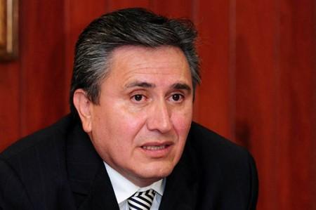 Dan de alta a Raúl González tras presentar gastroenteritis