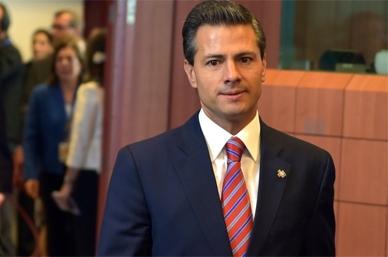 Peña Nieto sigue desde Los Pinos elección de EU