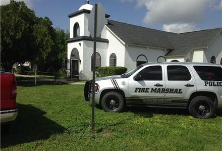 Queman dos iglesias cerca de McAllen