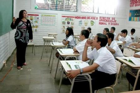 Debe evaluarse a docentes en las aulas: expertos