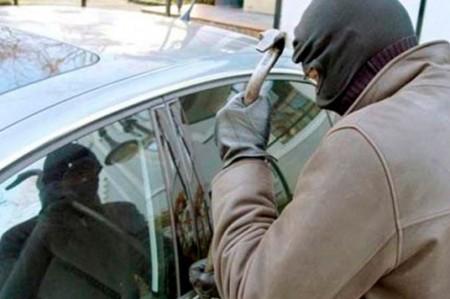 Mantiene NL tendencia a la baja en robo de autos