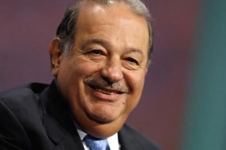Slim firma convenio de capacitación con Honduras