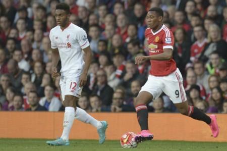 Manchester United recobra la memoria y vence 3-1 a Liverpool