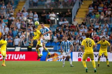 Villarreal y 'Jona' dos Santos triunfan en Málaga con un autogol