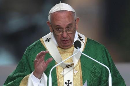 Papa pide a Georgia perdonar vida de mujer condenada a muerte