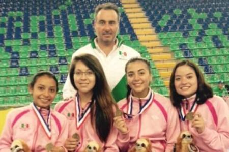 Oro para equipo femenil mexicano de esgrima en Copa del Mundo