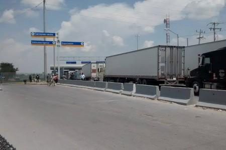 Transportistas solicitan más módulos en el puente Phar