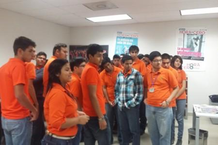 Visitan alumnos de la UTT instalaciones de Hora Cero