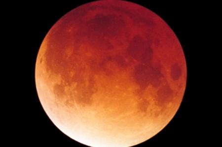 La 'luna de sangre' regresa a los cielos el domingo