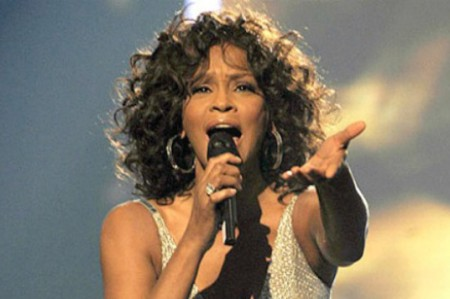 Holograma de Whitney Houston se verá en 2016