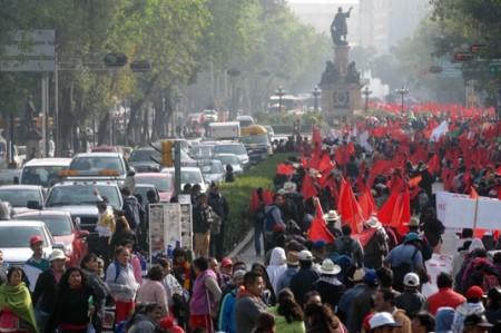 40 mil antorchistas tomaron las calles