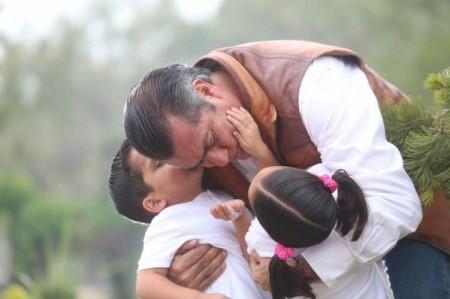 Invita 'El Bronco' a regios a arranque en la Macroplaza