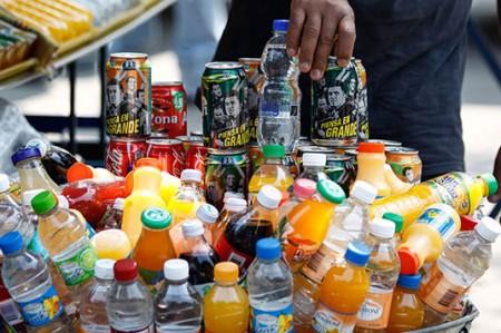 Busca PAN mantener impuesto a bebidas azucaradas de 1 peso por litro