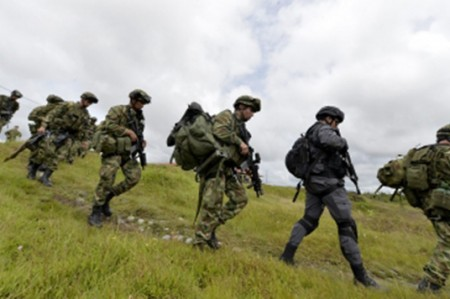 Gobierno colombiano y FARC acuerdan histórico cese al fuego