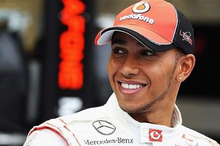 Hamilton celebra regreso de fórmula uno a México