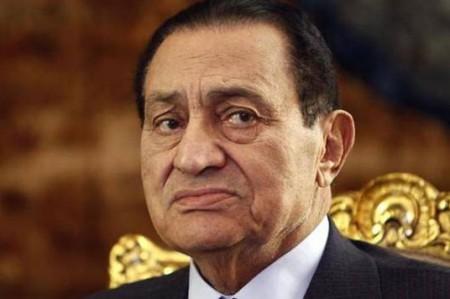 Justicia egipcia ordena liberación de hijos de ex presidente Mubarak