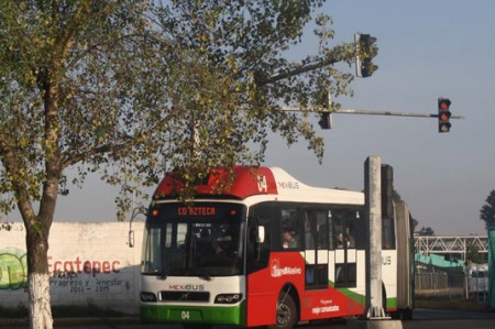 PGR abre acta por explosiones en la Línea 2 del Mexibús