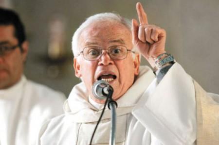 Obispo exige que aparezcan normalistas