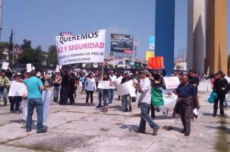 Protestan contra inseguridad en Periférico