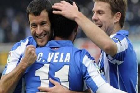Vela conduce a Real Sociedad a triunfo 4-0 sobre Levante