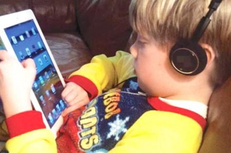 Aparatos electrónicos alteran ciclo del sueño en niños