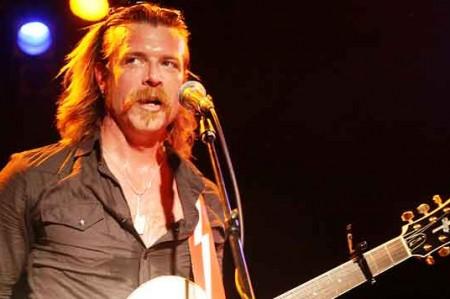 Eagles of Death Metal homenajea a caídos