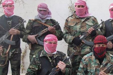 Ejército sirio y rebeldes negocian tregua de quince días cerca de Damasco