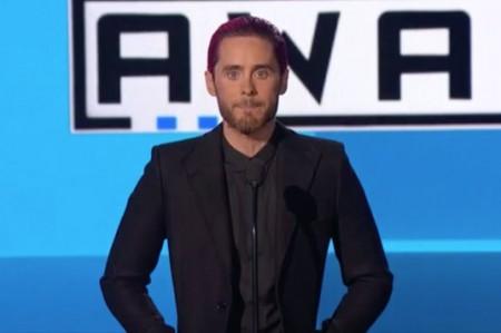 Celebran música y paz en American Music Awards