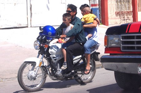 Redobla Tránsito operativo en contra de motociclistas