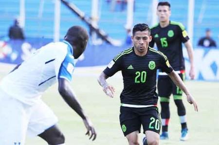 México vence 2-0 a Honduras y termina mala racha