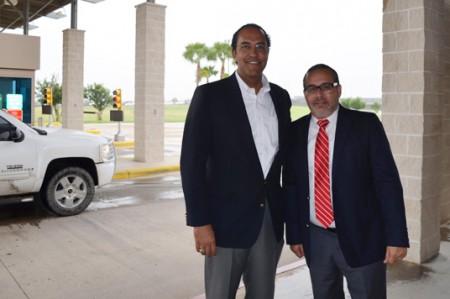 Congresista norteamericano visita el Puente Anzaldúas