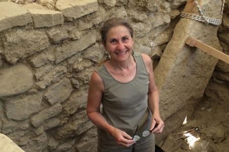 Hallan guerrero griego sepultado con valioso tesoro