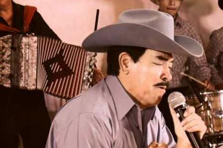 Muere Carlos Tierranegra, voz del dueto norteño Carlos y José