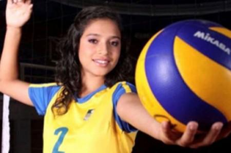 Mexicana Bricio Ramos rompe récords en voleibol colegial de EU