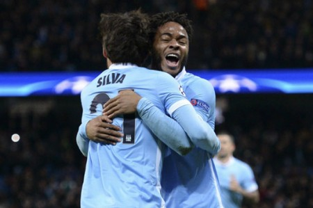 Manchester City clasifica a octavos de final