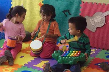 Estancias infantiles facilitan empleo a padres, madres y cuidadores