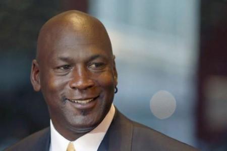 Jordan dona a los niños millones de dólares